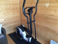 York Fitness Perform 215 Elliptical Cross Trainer with LCD display