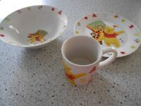 CHILDRENS PLATE , BOWL AND MUG .DISNEY POOH BEAR AND TIGGER EXCELLENT .