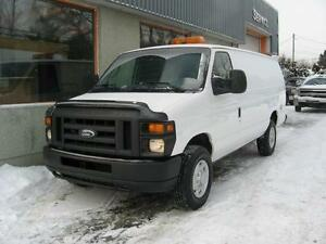 Ford Econoline Cargo Van Commercial E 250 EXT 2008