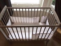 Mini Cot 105cm x 50cm 3 levels + accessories - sold together or separately