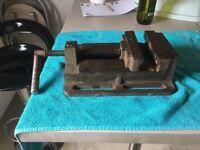Cast iron vice