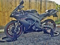 2005 Yamaha R1 1000CC LOW MILES 9K