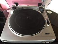 Aiwa Record Player / Turntable