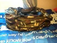 Camouflage luggage bag