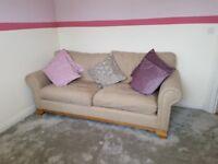 'Old Charm' Sofa