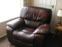 LEATHER BROWN RECLINING 3 PIECE SUITE