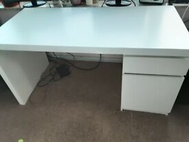 LARGE WHITE OFFICE DESK WITH DRAWER & STORAGE CUPBOARD