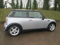 stunning mini cooper 1.6 .full mot