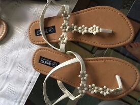 New ladies/girls size 3 sandals , unused for sale