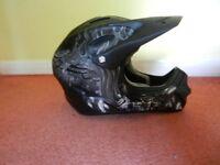 Bell Full Face Helmet Suitable for Mountain Biking, Skateboarding or Skiing
