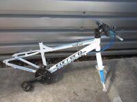 Carrera Saruna Kids Bike Frame and Fork Project Bike 26 inch Wheel Spares or Repair