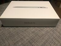 Apple MacBook air (2015) in immaculate condition hardly used complete with box
