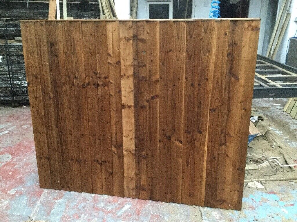 feather edge wooden fence panels pressure treated brown in sale