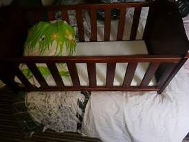 Winnie the pooh crib and bedding