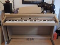 Roland HP2 e Digital Piano E ** reduced to £ 450 **