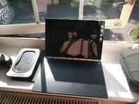 Lenovo Yoga Book 64gb - Mint £450 new