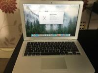 Apple MacBook Air 13.3-Inch Laptop.Excellent condition, no damage/fault (Mid 2009)