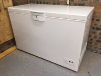 Free standing Large Capacity Chest Freezer suitable for Garage