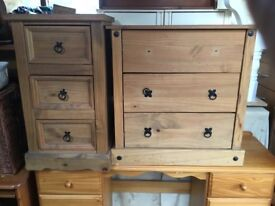 2 pine chest for drawers