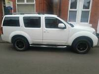 Nissan Pathfinder 2.5 dci accenta 4x4 mpv 7 seat lovely