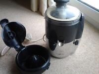 Magimix Le Duo Electric Juicer inc Book. Full Wkg Order. Collect Kirkby Notts NG17