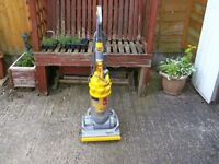 DYSON DC14 UPRIGHT VACUUM CLEANER WORKING ORDER