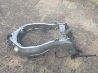Kawasaki Zx6r G frame with V5 and number plate