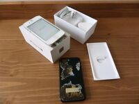 Apple iPhone 4s 16GB - White (Vodafone) Smartphone