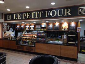 Le Petit Four Coffe Shop