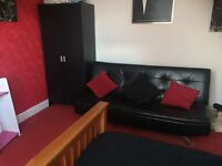 2 x Large Double Rooms ideal for contractors all bills included and free wifi