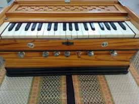 Indian Harmonium in great condition