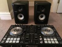Pioneer ddj-sr controller & pioneer s-dj50x speaker monitors and headphones dj set