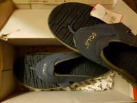 BRAND NEW Size 9 Gola Slippers ONLY £5