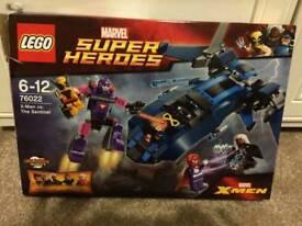 X Men VS The Sentinel Lego Set