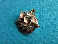 ANTIQUE GOLD/SILVER TONE COLUMBUS CARAVEL SHIP GILT ENAMELED PIN BROOCH