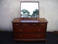 dressing table with mirror, chest of drawers, Stag Minstrel mahogany bedroom dresser