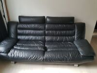 3 and 2 seater dfs leather settee immaculate condition