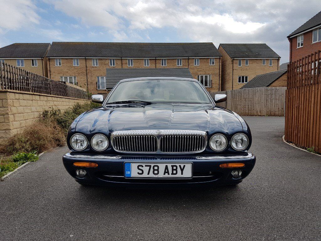 waxoyled 1998 1999 jaguar daimler xjr x300 x308 super v8 supercharged classic in leeds city. Black Bedroom Furniture Sets. Home Design Ideas