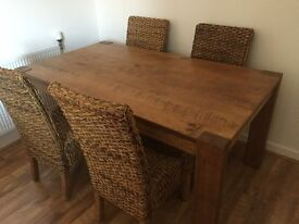 Hartford NEXT dinning table solid pine with 4 wicker chairs