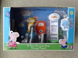 Peppa Pig grandad dog's garage set (12 pieces)