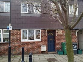 Newly decorated 3 bedroom house ,Islington