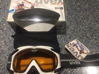 Brand new boxed Uvex Apache ski goggles for sale