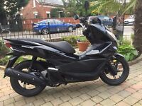 2014 HONDA PCX125 WW VERY CLEAN TOP OF THE RANGE SCOOTER ,FINANCE AVAILABLE £1599