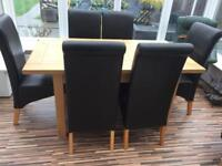 Oak Dining table & 6 dining chairs