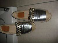 Leather Designer Inspired Gold Loafers Size UK5 - worn once