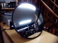 SECURITY MIRRORS FOR RETAIL/DRIVEWAY