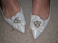 Beautiful leather Rachel Simpson bridal shoes. Size 8