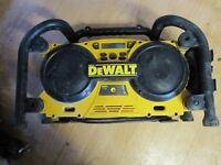 DEWALT RADIO 240V