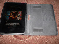 Amazon Kindle Fire HD 16GB, Wi-Fi, 7 inch screen with case
