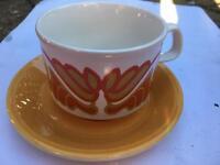 36 piece retro tea set